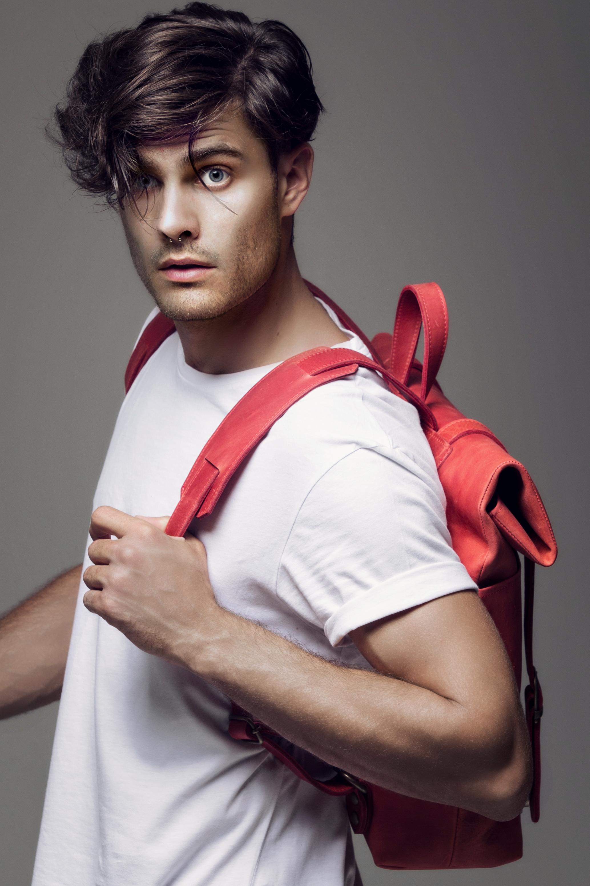 men-backpack-red leather-calister