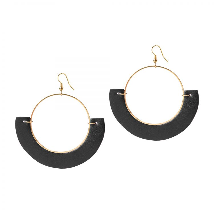 OLIVIA LEATHER BLACK EARRING BERTHELOTTI